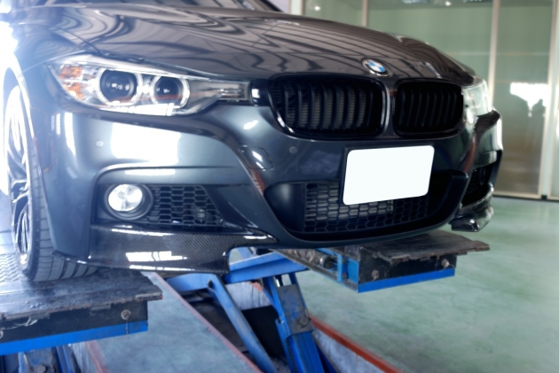 F30 front splitter for M-T bumper, carbon 1